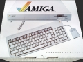 800px-Amiga_1000_packaging